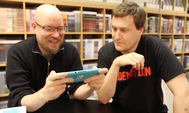 Avataan laatikko: Nintendo Switch Lite