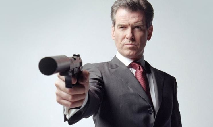 Pierce Brosnan haastettiin James Bond -kaksintaistoon GoldenEye 007:ssä
