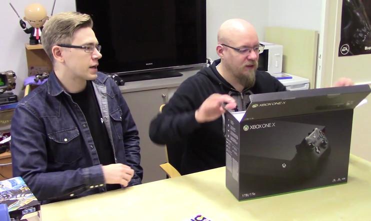 Avataan laatikko: Xbox One X saapui toimitukseen